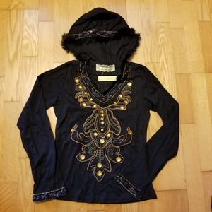 Banana Fur Trimmed Embroidered Hooded Top